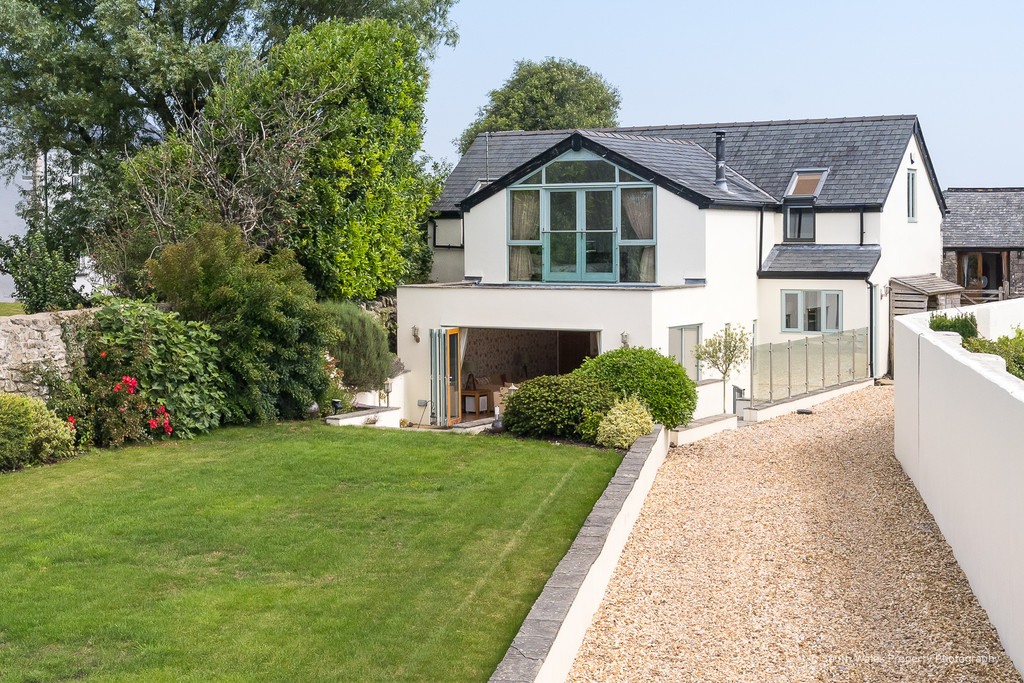 A Superbly Renovated 4 Bedroom Detached Stone Barn Together With A Paddock, Wick Road, Ewenny