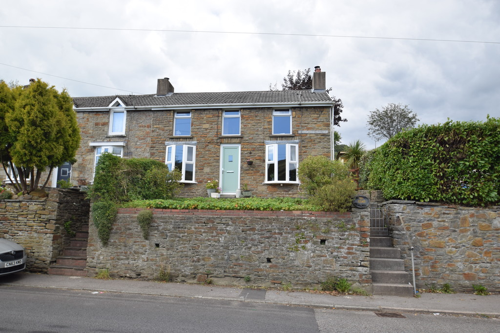 A Unique Double-Fronted, 3 Bedroom End Of Terrace Stone Cottage Located In Blackmill, Near Bridgend