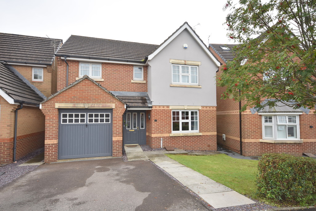 A Beautifully Presented, Spacious Four Double Bedroom Family Home. Located In The Highly Desirable Pencoedtre Village Development, Barry