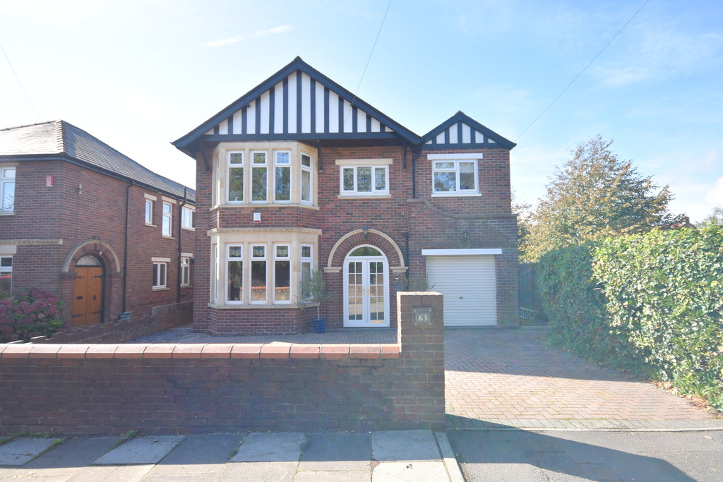 A Beautifully Presented, Traditional 4 Bedroom Family Home Set Within A Spacious Plot, Lavernock Road, Penarth