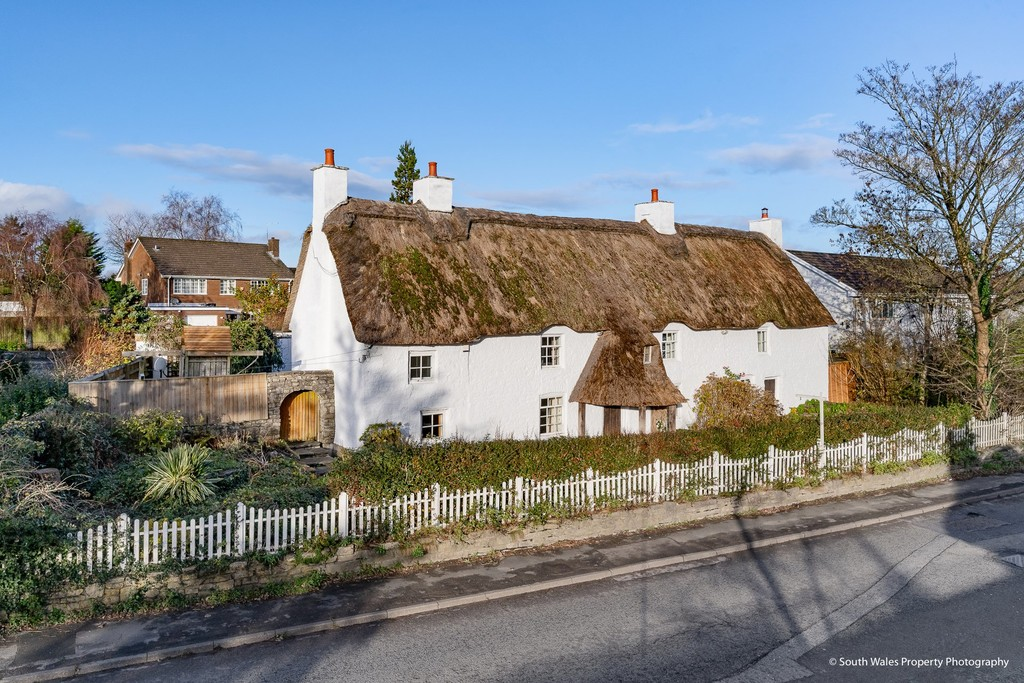 A Landmark, Grade II Listed Thatched Cottage Offering A Wealth Of Character Features, Situated To The Centre Of Bonvilston, Vale Of Glamorgan