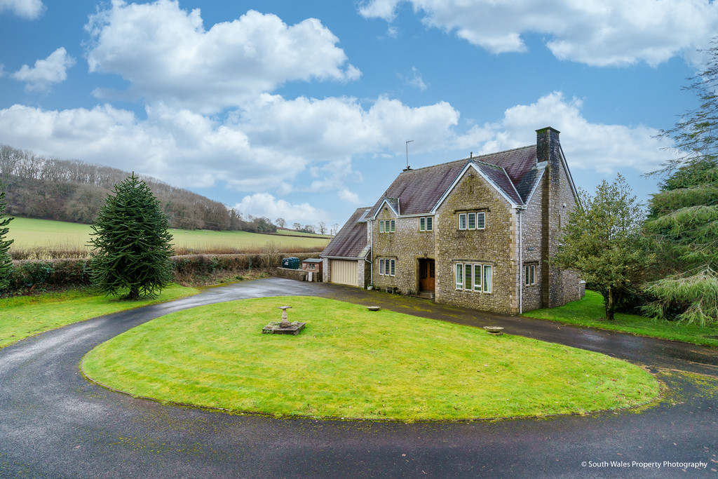 Tan Y Lan House, St Mary Hill, Vale of Glamorgan, CF35 5BY