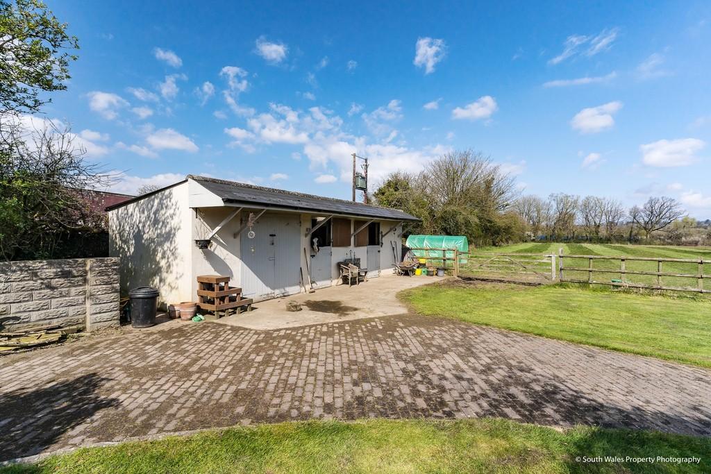 Parc Newydd, Treoes, Vale of Glamorgan, CF35 5DH
