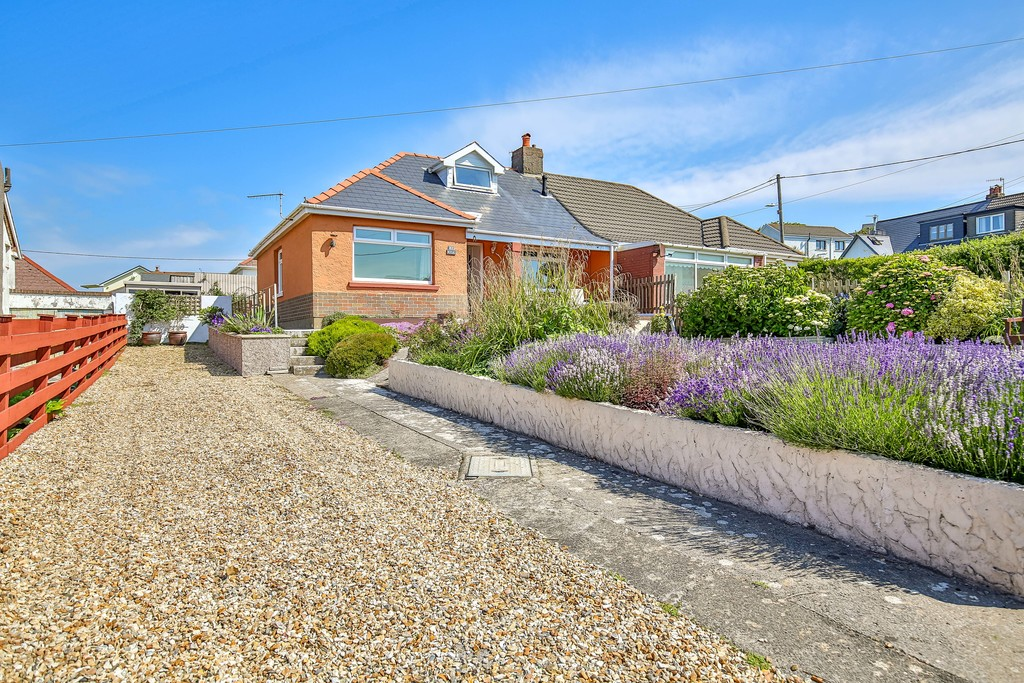 A Spacious Semi-Detached 3 Bedroom Property Offering Far Reaching Views Over The Bristol Channel, Craig Yr Eos Road, Ogmore By Sea