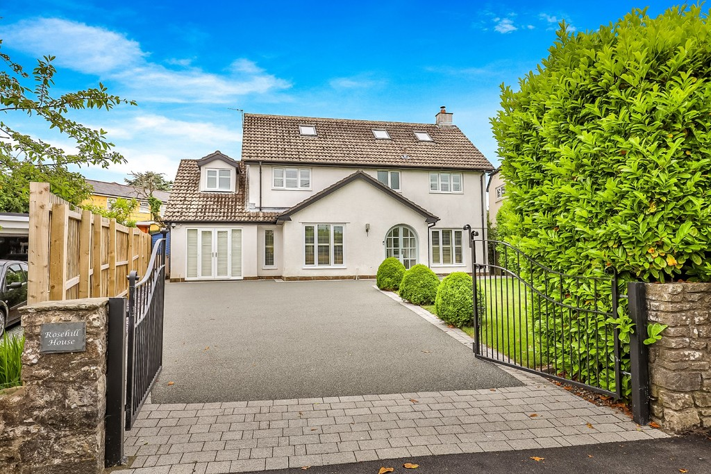An Exceptional, 5 Bedroom Detached Family Home Located In This Most Sought After Cul-De-Sac, St Quentins Close, Llanblethian