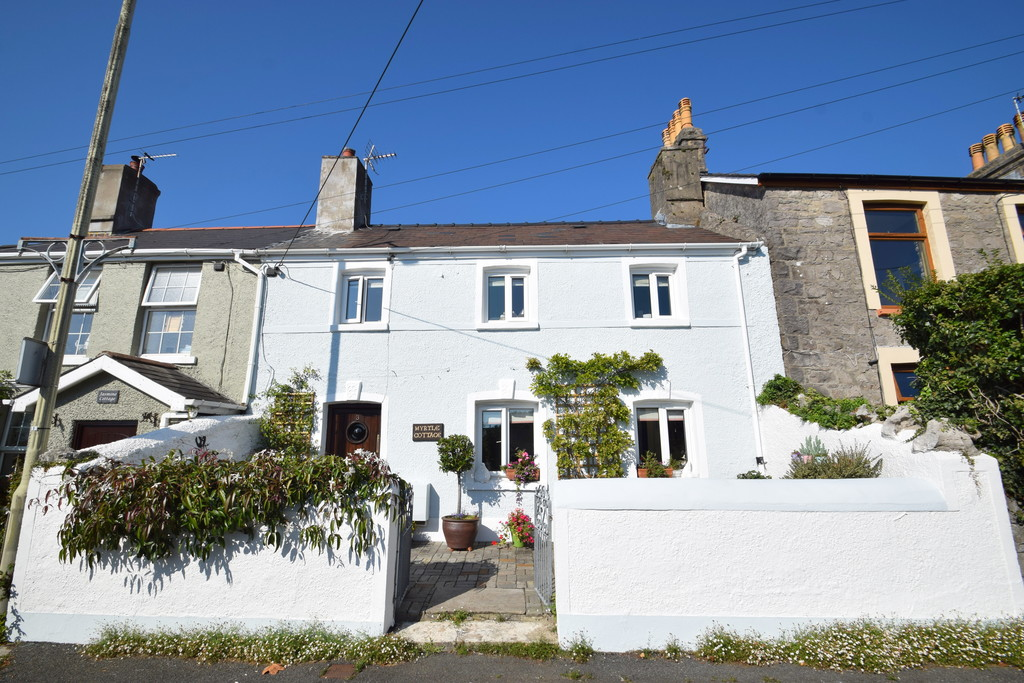 A Late 1800's Three Double Bedroom Cottage Set In A Prime Position In The Picturesque Village Of Newton, Porthcawl