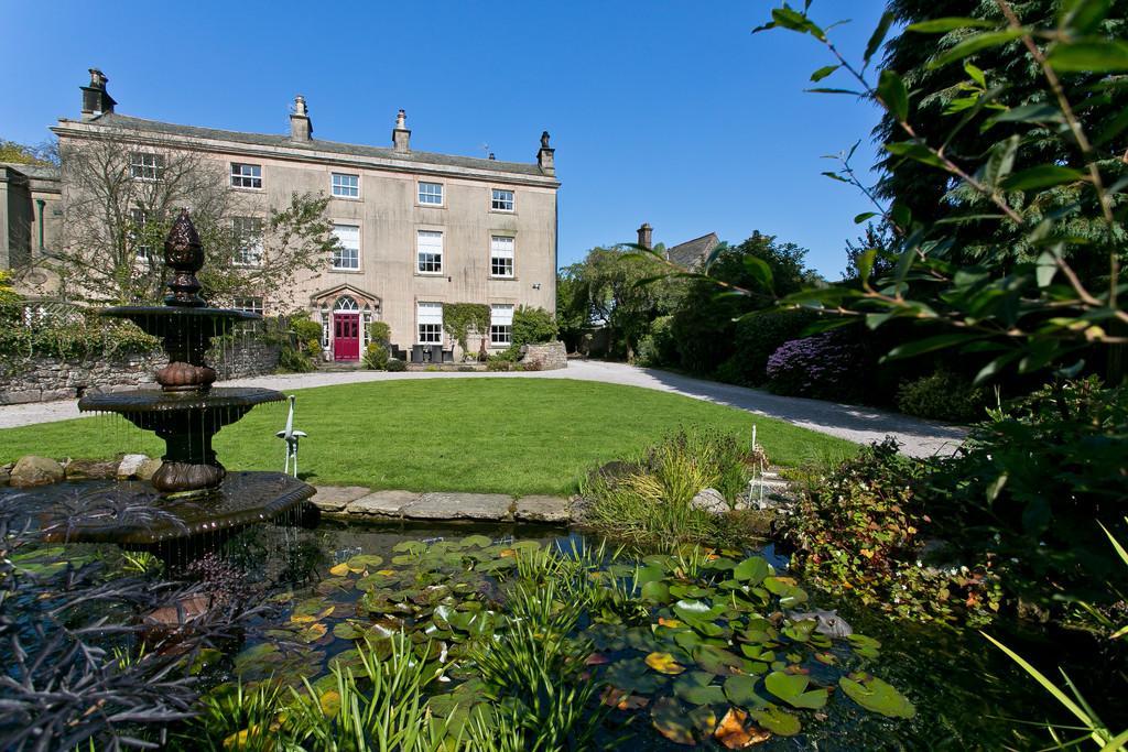 Beaumont Cote Manor, Nether Kellet, Carnforth LA5 8AB