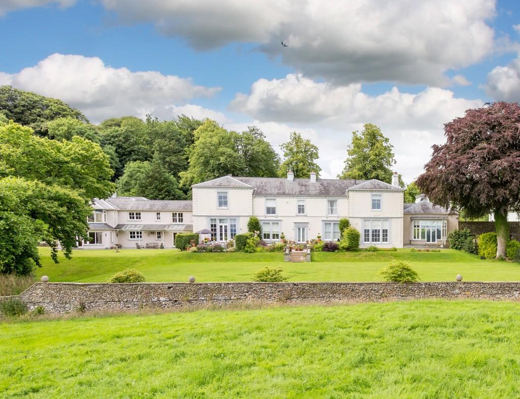 4 Holme Park, New Hutton, Kendal, Cumbria, LA8 0AE