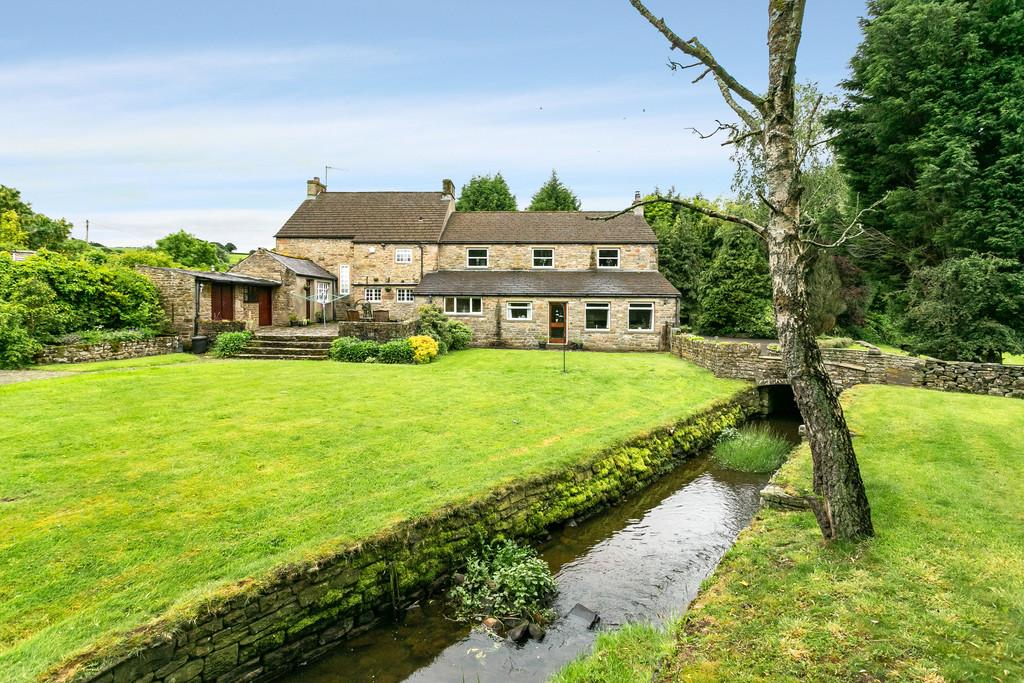 Lane Head House, Tatham, Near Lancaster, Lancashire LA2 8NF