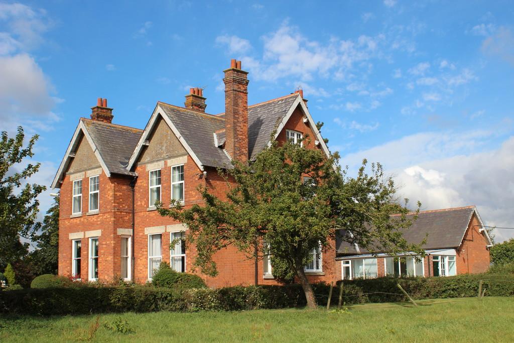 Manor Farm, Newton Bromswold, Northamptonshire