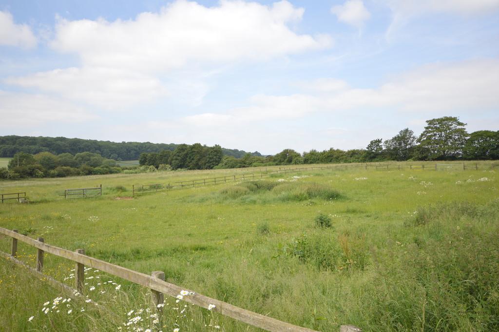 Between Sudborough and Brigstock