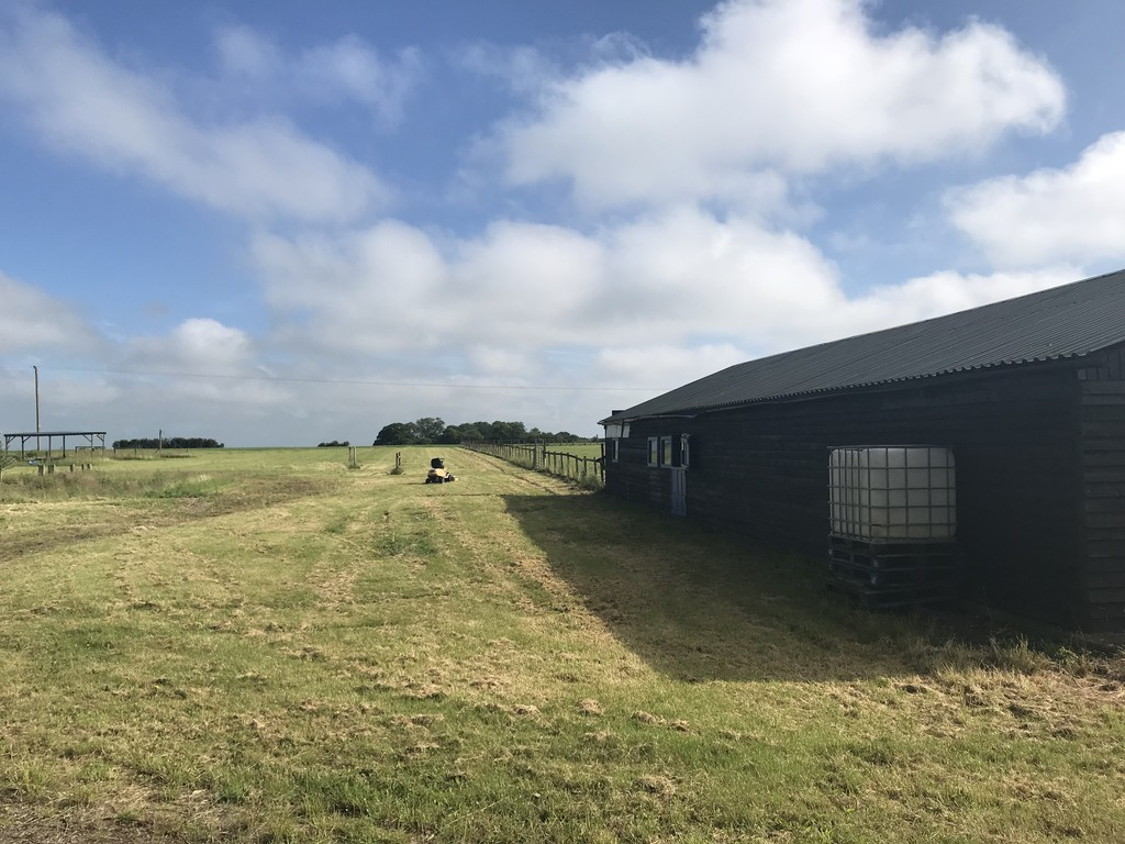 14.97 acres (6.06 ha) of Land off Cross End, Thurleigh, Bedfordshire