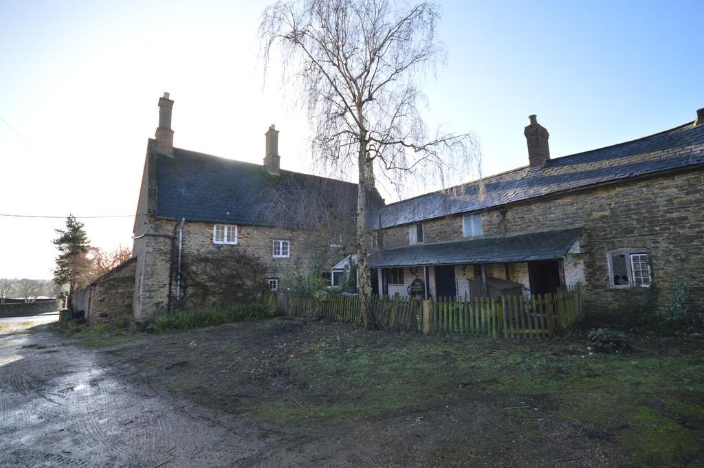 High Street, Great Doddington