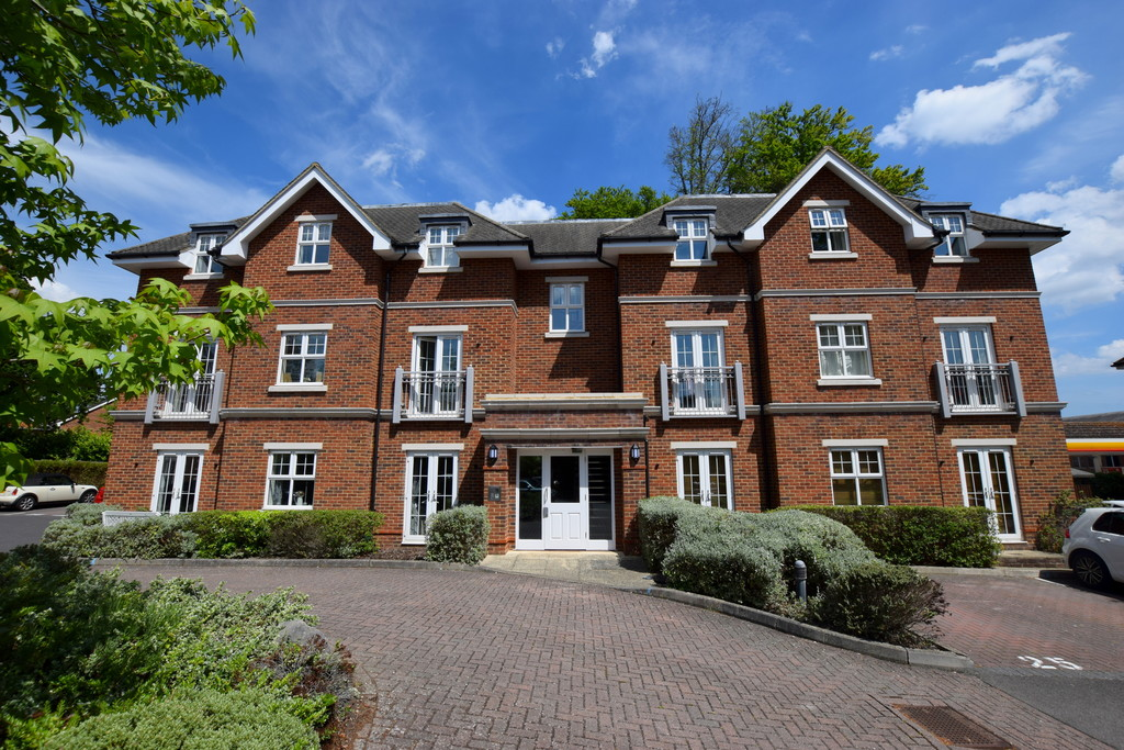 Bramshott Place, Fleet