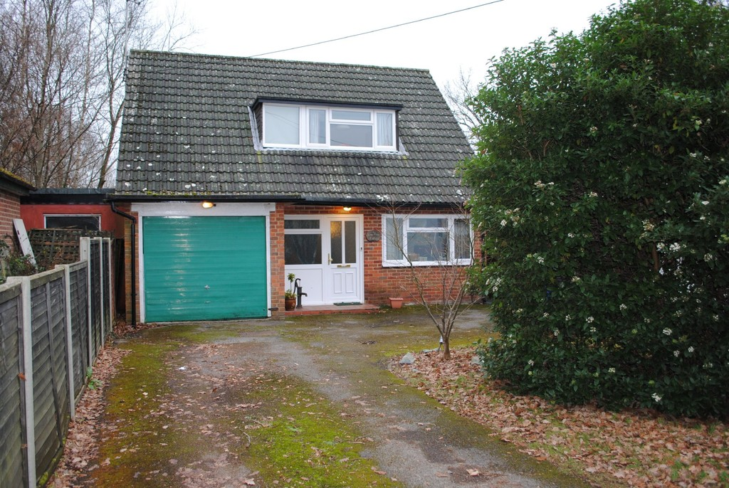 Green Lane, Frogmore, Camberley