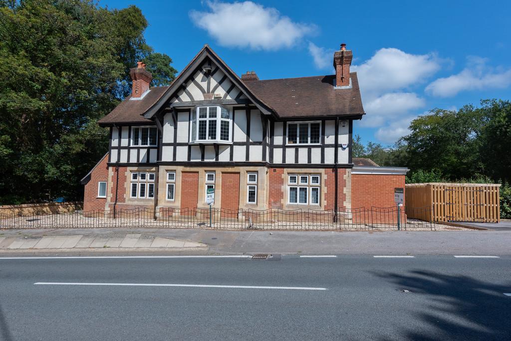 Old Queens Arms, Farnham Road, Ewshot