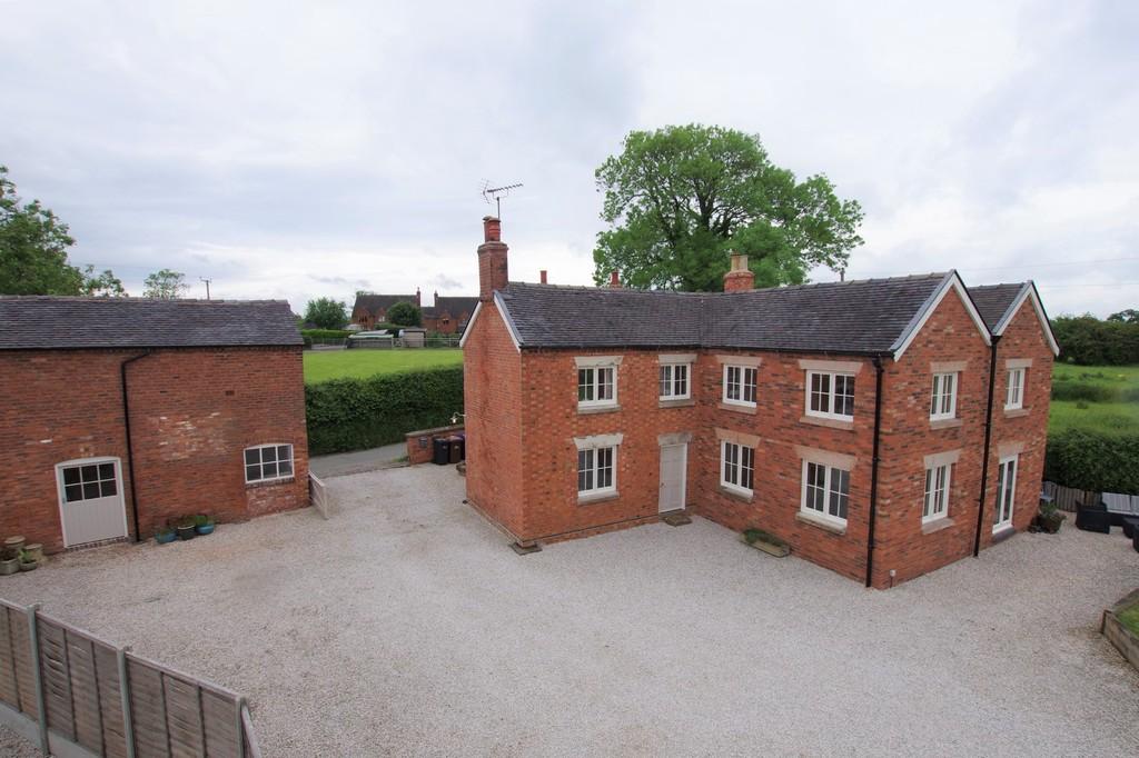 Farm Lane Image