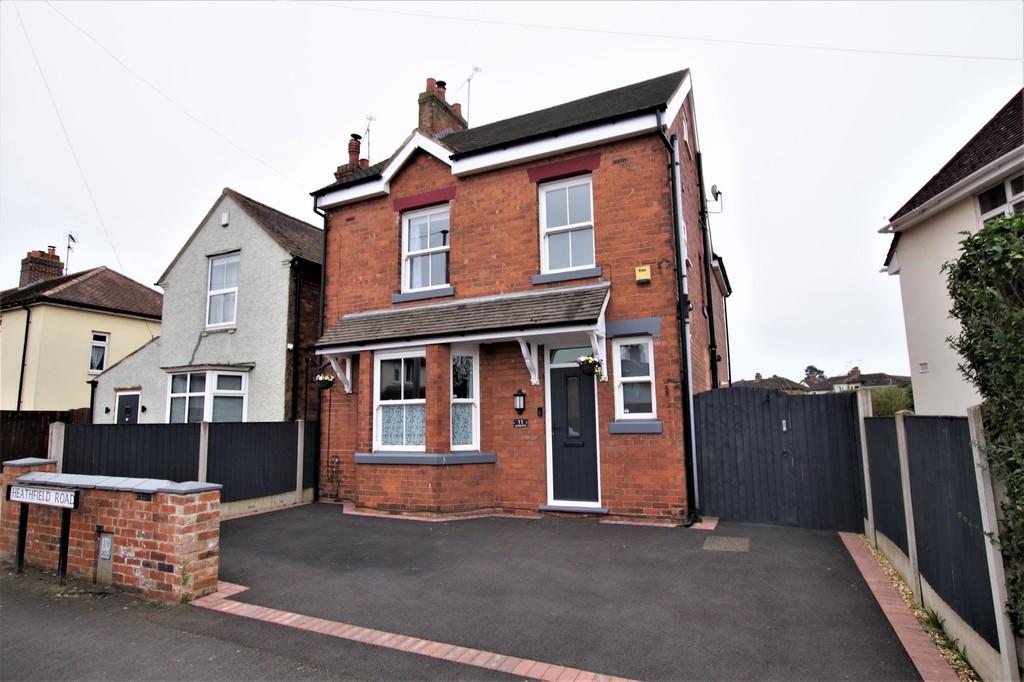 11 Heathfield Road Image