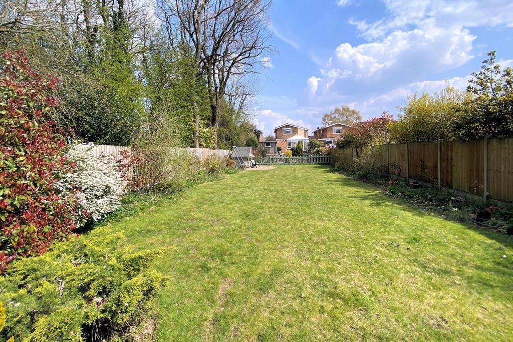 45 Willesley Gardens Image