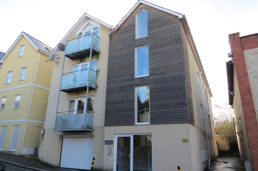 Kings Court, Newton Abbot (Central)