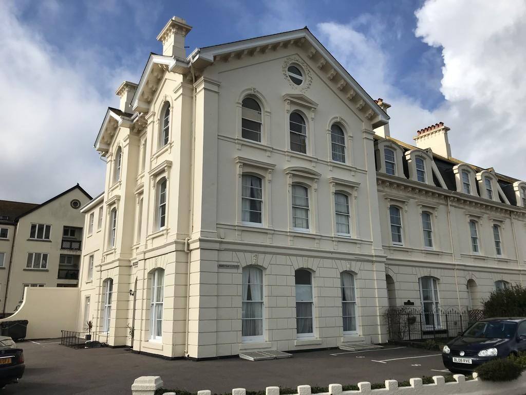 Powderham Terrace, Teignmouth, TQ14 8BL