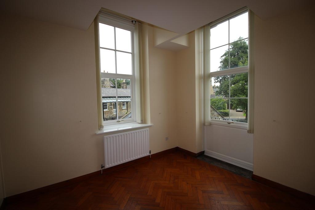 Photo of Earle House, Lyons Road, Richmond